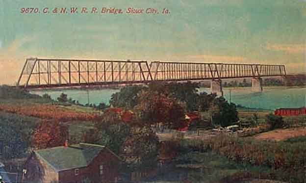 Sioux City Iowa. CNW Railroad Bridge, 1914. Spans Missouri between Sioux